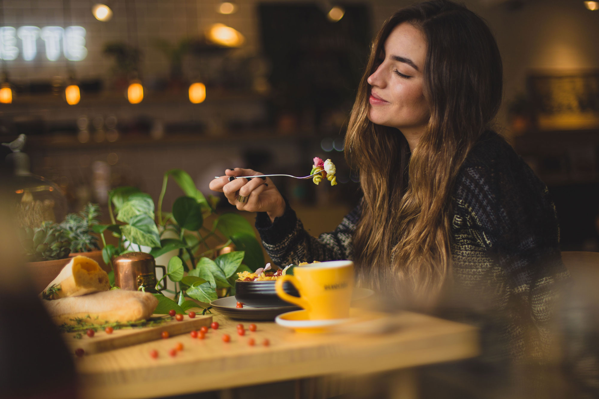What Does It Mean To Eat With Intention?